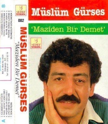 Müslüm Gürses Maziden Bir Demet Albümü albüm kapağı